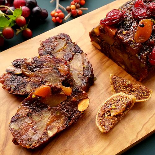 成城石井自家製7種フルーツと3種ナッツのベラベッカ